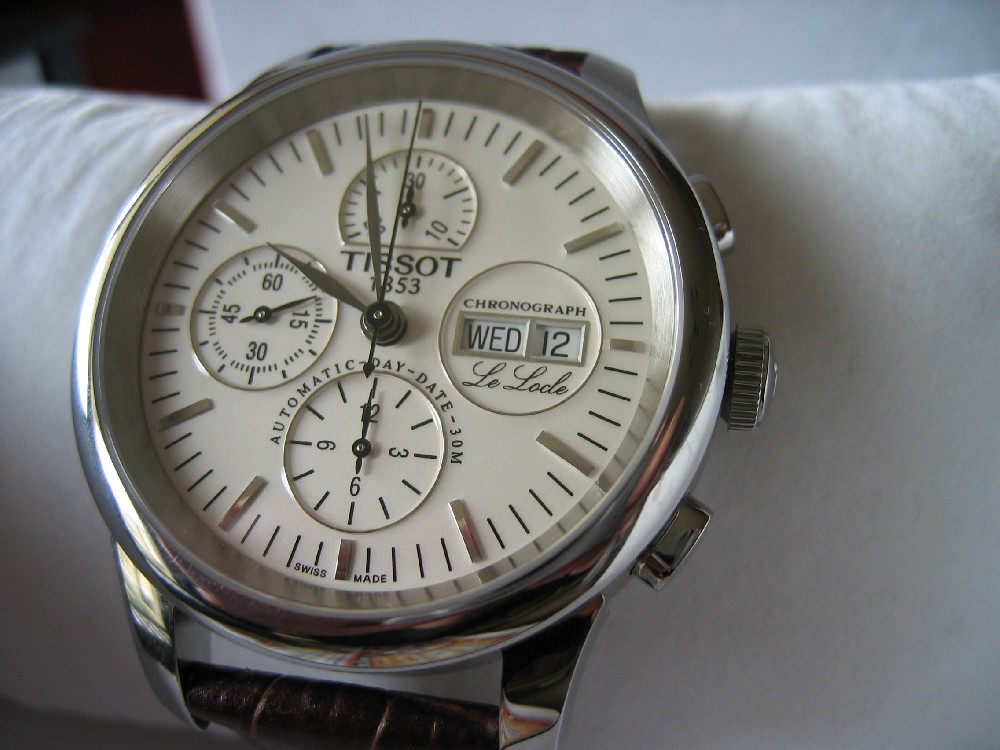 Montre tissot le locle for Piscine tissot